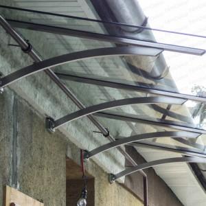 Rozsdamentes acél konzolos üvegtető