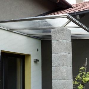 Rozsdamentes acél tető polikarbonát borítással