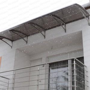 Rozsdamentes tető ajtó fölé